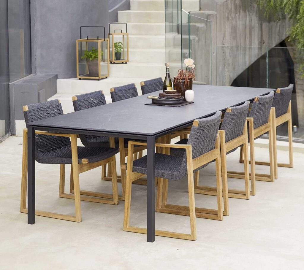 Caneline-Pure-dining-table