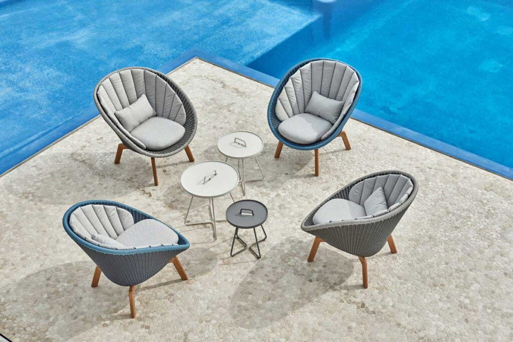 Caneline-seating-peacock-02