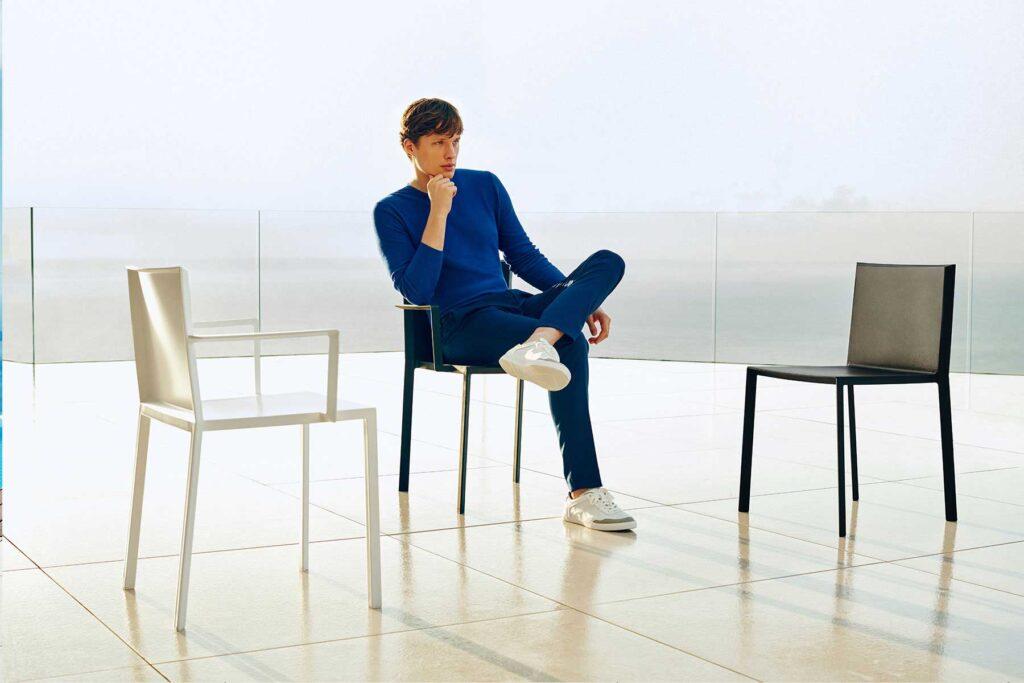 contract-hospitality-design-furniture-seating-chairs-quartz-ramon-esteve-vondom