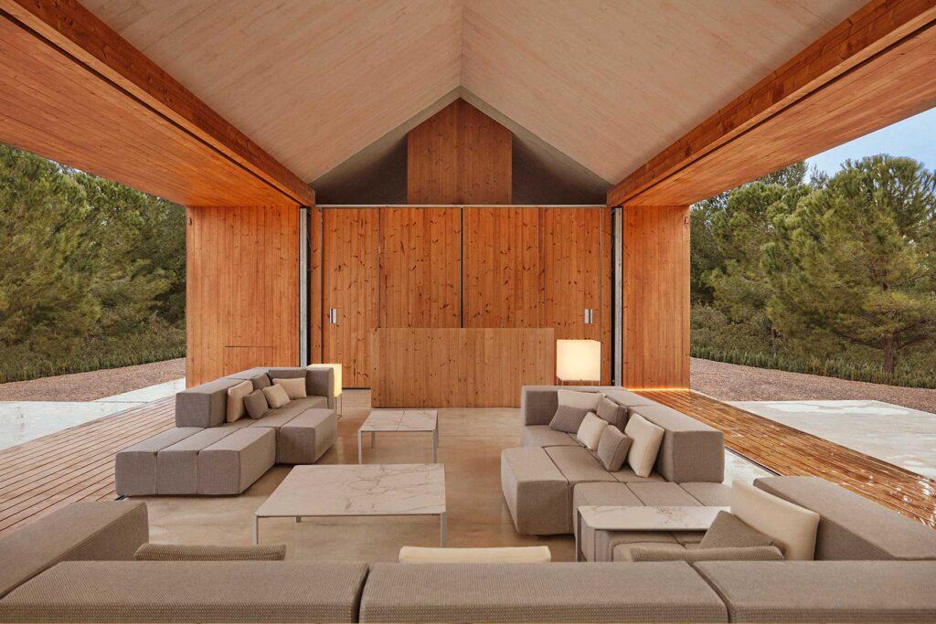 luxury-outdoor-design-furniture-tablet-novelties-ramon-esteve-vondom-3